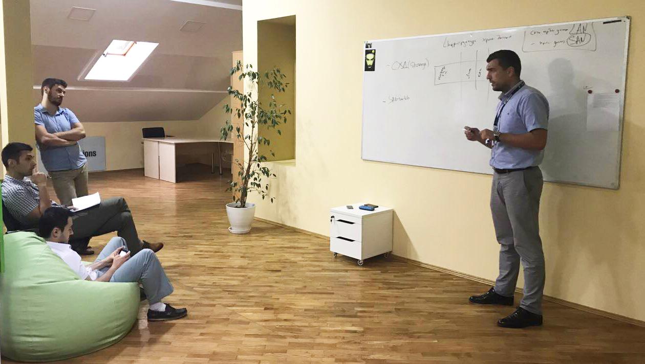 Занятия в Академии IT-Solutions